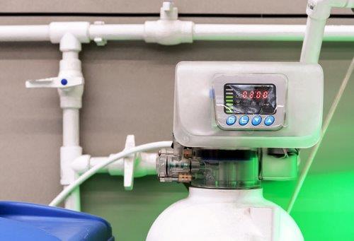 Plumbing - water softner head - new